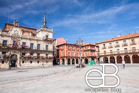 Plaza Mayor en el Barrio Húmedo
